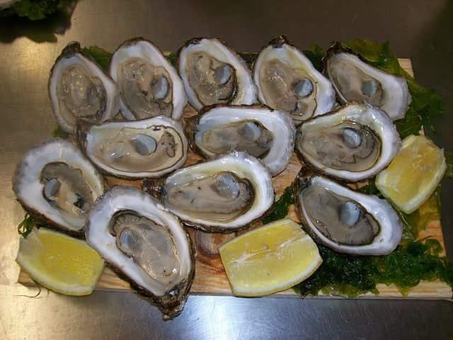 Des huîtres creuses