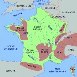 Carte des principaux massifs montagneux de France: Voges, Jura, Alpes, Massif Central, Pyrénées (et ancien massif armoricain).