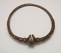 Torque rigide bijou celte reproduction achat