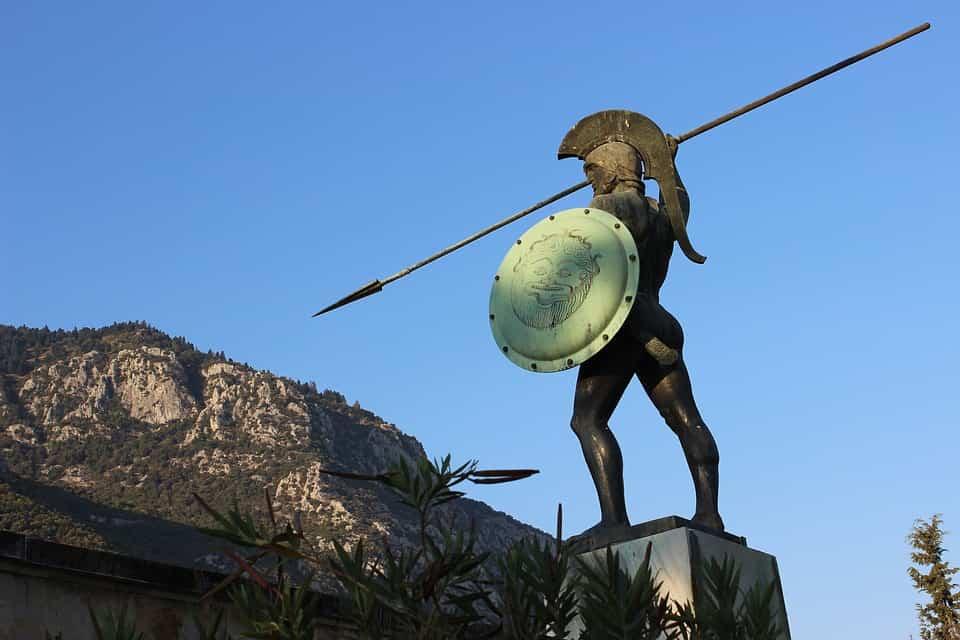 """Statue de Léonidas aux Thermopyles (la célèbre bataille entre Sparte et les soldats perses de Xerxès immortalisée dans le film """"300"""")."""