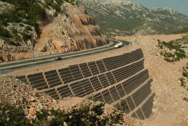 Mécanique des sols et des roches
