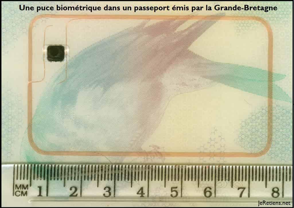 Exemple de passeport biométrique à puce